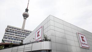 Der Standort am Berliner Alexanderplatz ist der 30. Hauptstadtmarkt von Kaufland. Er ist der jüngste Vertreter des neuen Filialkonzepts, das die Neckarsulmer derzeit ausrollen.
