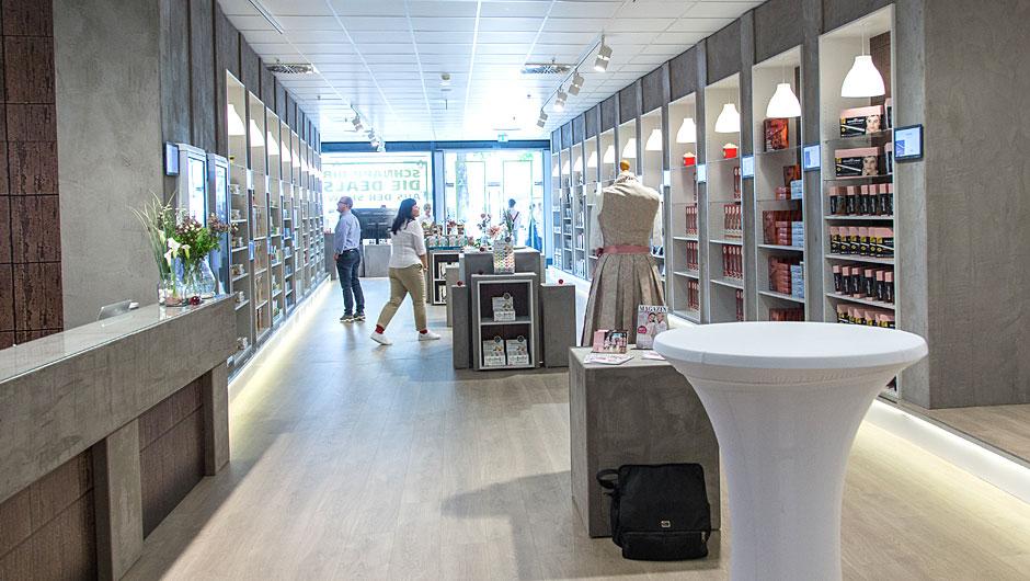 Pop Up Store Der Laden Zur Hohle Des Lowen