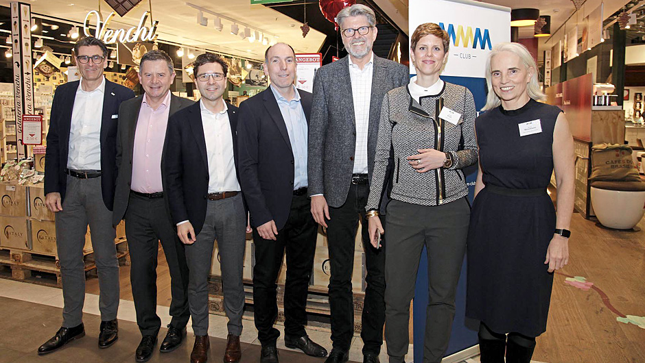 Ein Eingespieltes Team: Das MMM-Präsidium (v.l.) Michael Durach, Develey, Erich Harsch, dm, Markus Kaser, Interspar, Stephan DuCharme, X5 Retail Group, Utho Creusen, Positive Leadership, Simone Krah, Präsidentin des MMM-Clubs, und Mariann Wenckheim, 20.20 - Strategic Design Consultants.