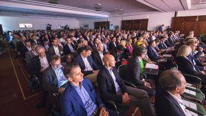 """Rund 550 Unternehmer und Manager aus Handel und Industrie verfolgen die Diskussionen auf dem Cash Handelsforum Ende April im österreichischen Fuschl. Die Veranstaltung steht unter dem Thema """"Die neue Trial & Error-Kultur in einertotal vernetzten Welt""""."""