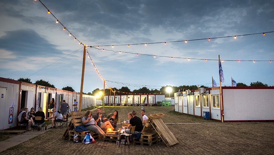 Aldi Kühlschrank Nord : Festival store: aldi nord tritt bei deichbrand auf