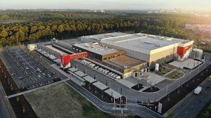 Das neue E-Food-Logistikzentrum der Rewe Group nimmt mit 17.000 qm eine Fläche von rund zweieinhalb Fußballfeldern ein.