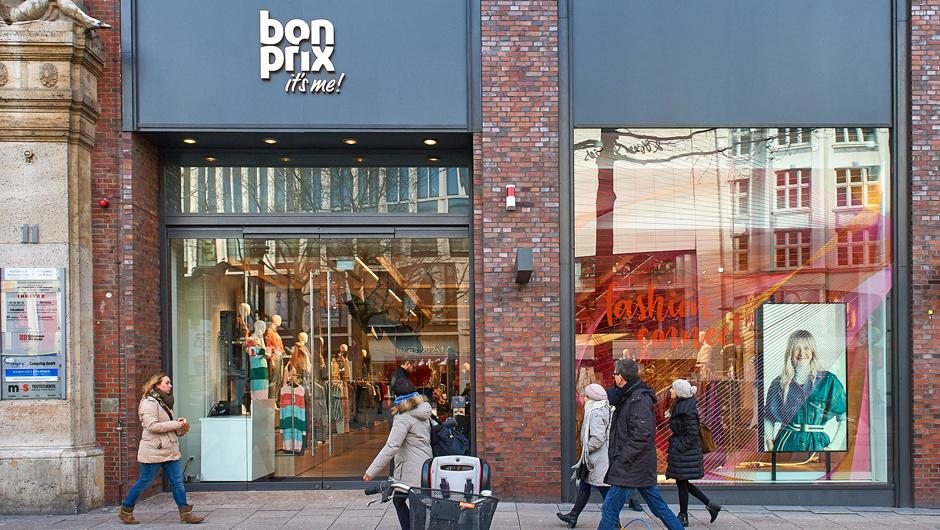c1bd0ce3006a4a In der Mönckebergstraße 11 eröffnet Bonprix zum Valentinstag seinen neuen  Hightech-Laden