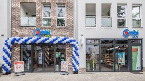 In Oldenburg hat Bünting im Juli 2020 einen ersten kleinen Combi City eröffnet. Der Clou dabei: Ein begehbarer Automat mit 500 Foodprodukten ermöglicht die Lebensmittelversorgung rund um die Uhr.