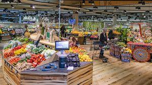 Edeka-Kaufmann Matthias Stenger und sein Abteilungschef Matthias Reuter haben die Abteilung für Obst und Gemüse in ihrem Aschaffenburger Markt in der Würzburger Straße einem Relaunch unterzogen. Die Fläche ist von 220 qm auf 350 qm vergrößert worden. Ladenbauliche Highlights setzen sie mit natürlichen Materialien – vor allem mit Holz.
