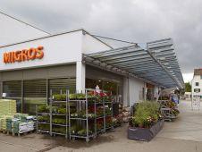 In Zollikon, einer Gemeinde an der so genannten Goldküste am Zürichsee, eröffnete Migros am 7. März 2013 eine modernisierte Märt-Filiale. Unter diesem Namen betreibt die Züricher Genossenschaft neun Supermärkte zwischen 1.000 und 2.000 qm.