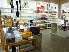 Auf 160 qm präsentiert die Migros-Tochter Depot ein eigenes Shop-Konzept im Rahmen der Edeka-SB-Warenäuser.