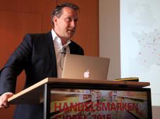 Einblicke in die Eigenmarkenstrategie von Coop Schweiz gibt Thomas Schwedtje. Er ist Mitglied der Direktion und Bereichsleiter Marketing/Services bei dem Schweizer Handelskonzern.