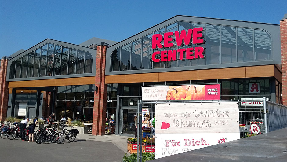rewe center in hamburg frischekur in altona. Black Bedroom Furniture Sets. Home Design Ideas