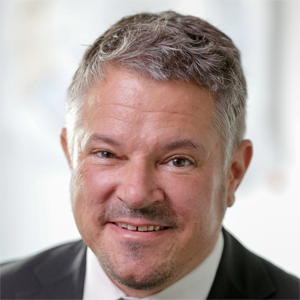 Matthias Queck (Research Director)