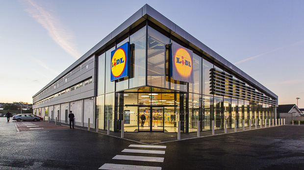 Lidl geht Aldi in den USA frontal an