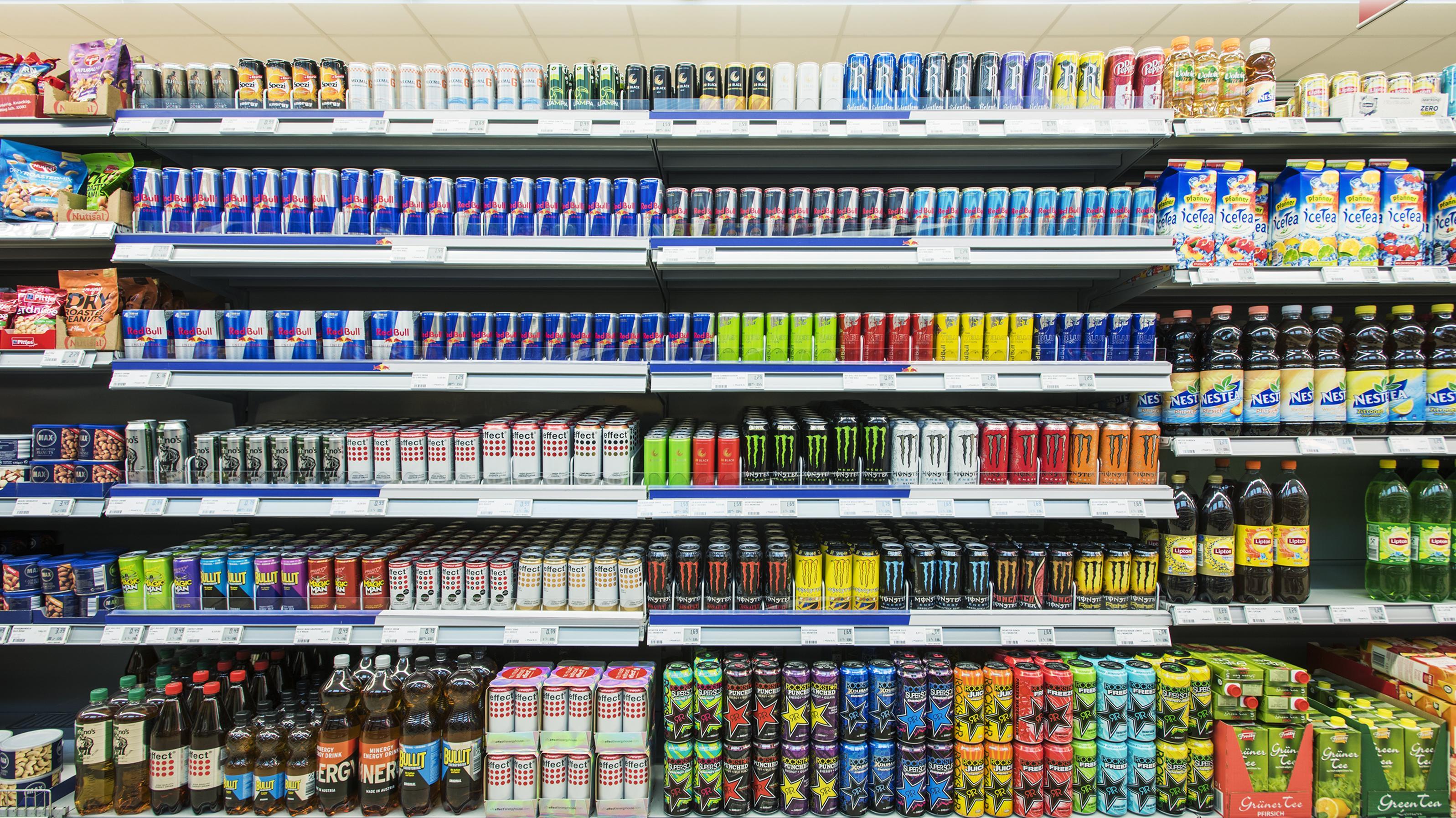 Red Bull Getränke Kühlschrank : Platzierungskonzept: red bull mags geordnet