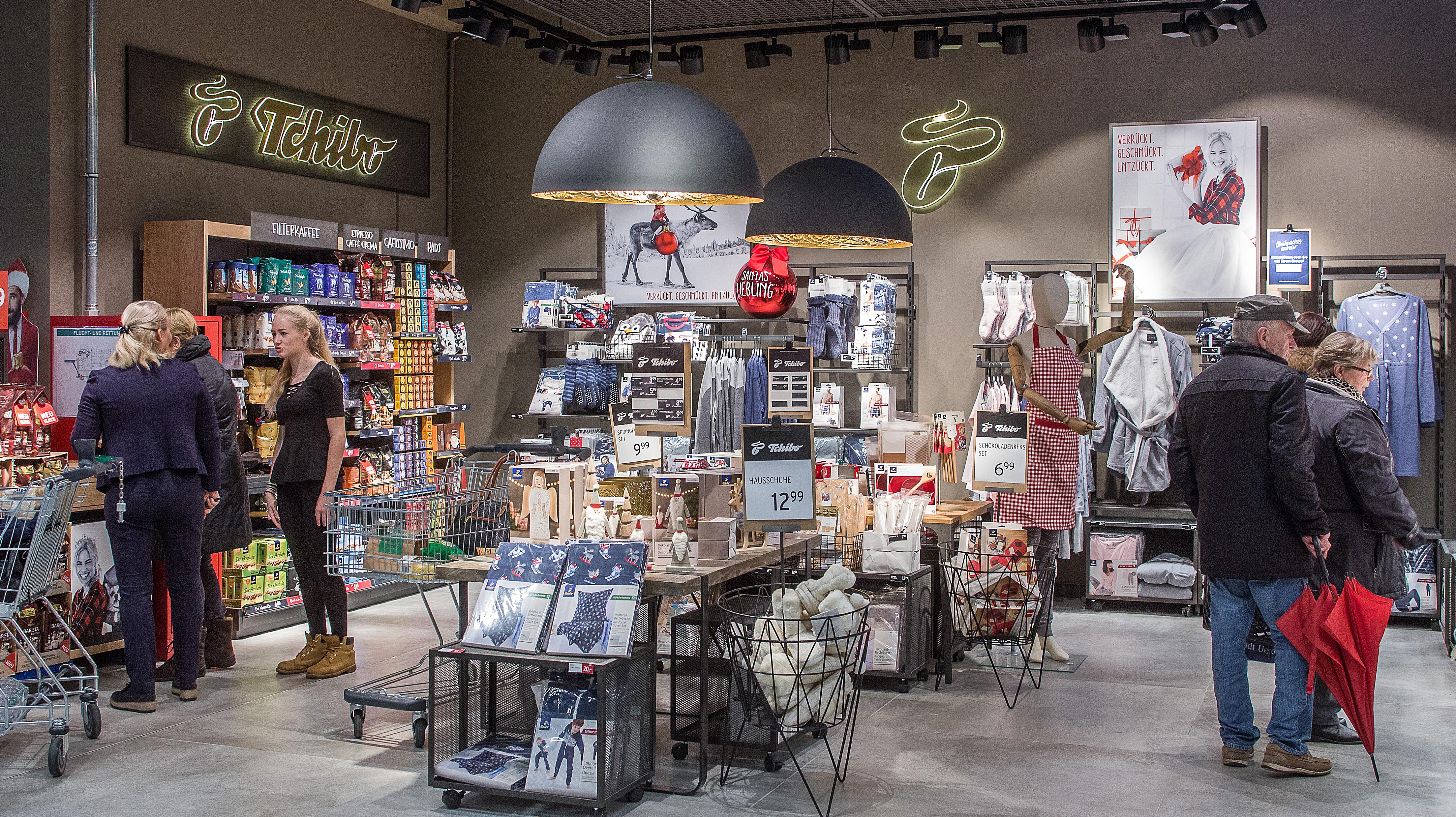 Shop In Shop Modell Für Leh Tchibo Wagt Sich Ans Depot Konzept