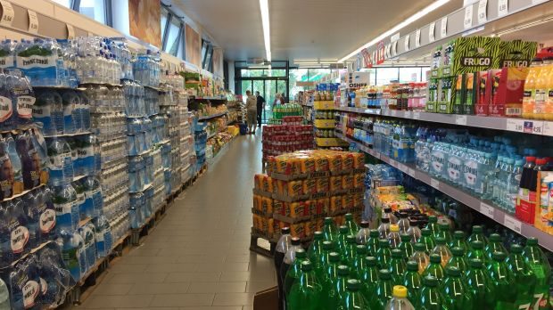 Aldi has introduced time-limited offers in the form of massive pallet placements and supplier displays.