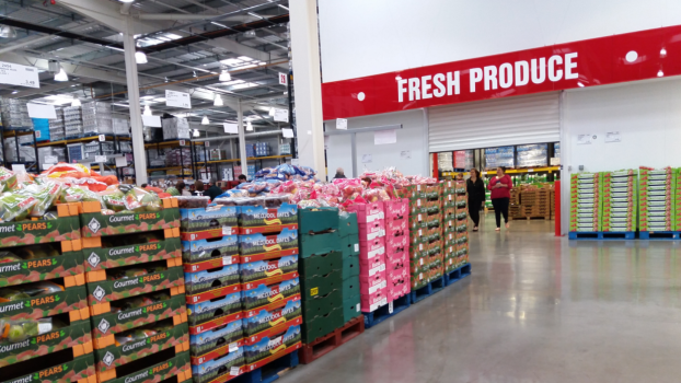 The first Costco store in France opened in Villebon-sur-Yvette, near Paris.