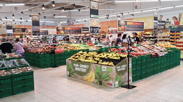 Not yet a market place: Fruit and vegetable department at a Real hypermarket.