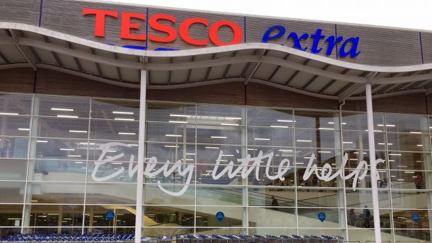 Tesco resumed its dividend for the first time since its 2014-15 accounting scandal, as it recorded its seventh consecutive quarter of revenue growth and also increased profit and margins.