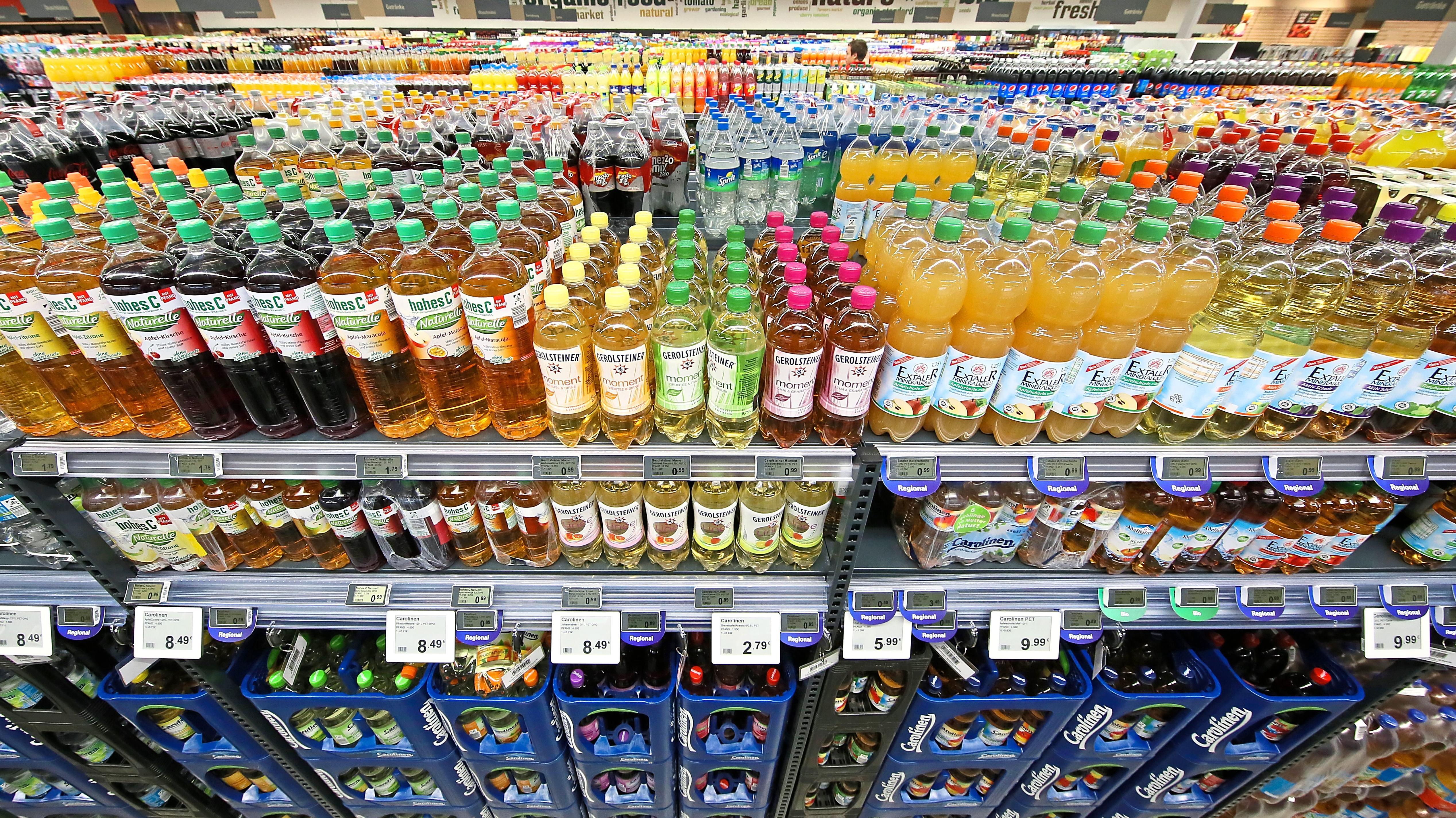 Top 40 Erfrischungsgetränke-Hersteller: Süßgetränke weiter auf Kurs