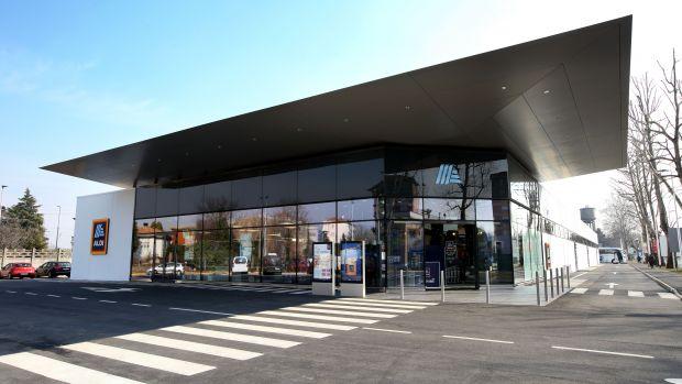 Aldi in Castellanza store front