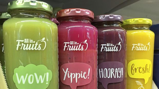 "Neuzugang: Die Smoothie-Linie ""All in Fruits"" erinnert deutlich an das Vorbild True Fruits."