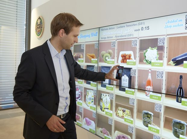Virtuelle Shopping-Mall: Emmas-Enkel-Chef Benjamin Brüser